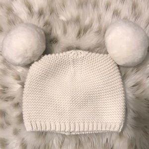 Baby Gap Infant Knitted Beanie Winter Hat Pom Pom